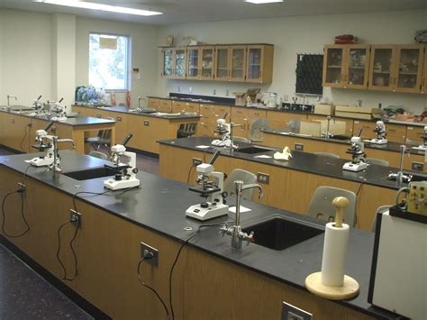 file chemistry lab jpg wikimedia commons