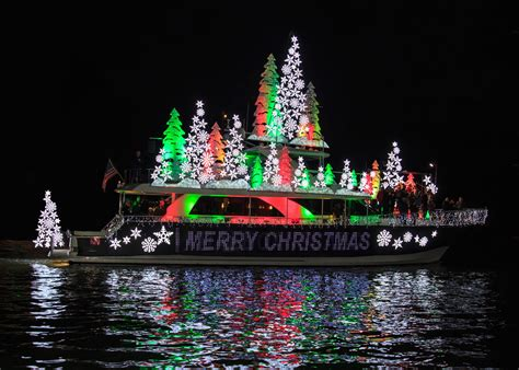 niantic christmas light parade 2017 boat parade and ring of lights winners 2017 christmas