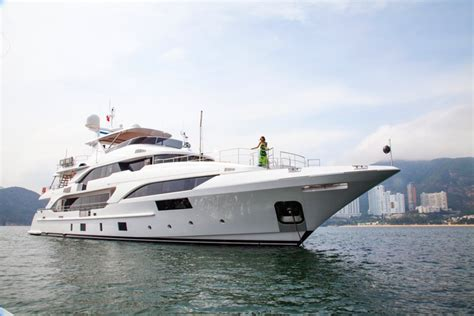 boat supplies gold coast benetti supreme 132 mingfa yacht charter superyacht news
