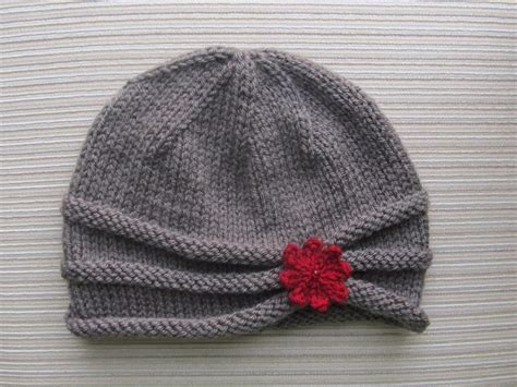 10 No Fuss Simple Hat Knitting Patterns
