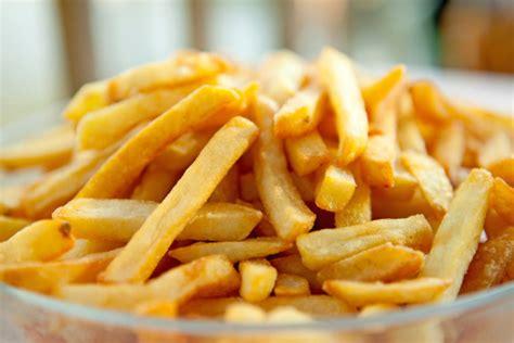 alimenti da evitare con il reflusso 30 alimenti da evitare in caso di reflusso gastroesofageo