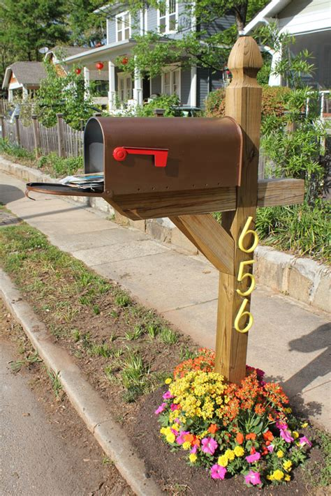 Mailbox Garden Ideas Mailbox Garden Give Your Mailbox A Makeover Mailbox