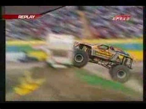 nitro circus monster truck backflip travis pastrana monster truck backflip doovi