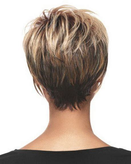 short to medium hairstyles with layers around the face short layered hairstyles 2014