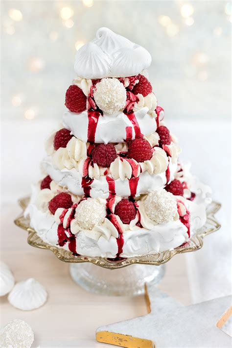 meringue christmas tree with whipped coconut cream and