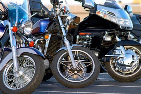 Motorrad Felgen Reinigen Tipps by Motorradfelgen Polieren So Strahlen Sie Wieder Wie Neu