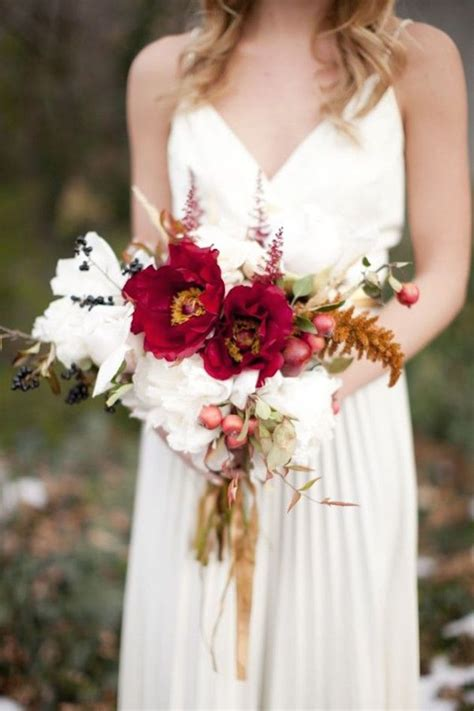 15 fall wedding bouquet ideas for autumn brides