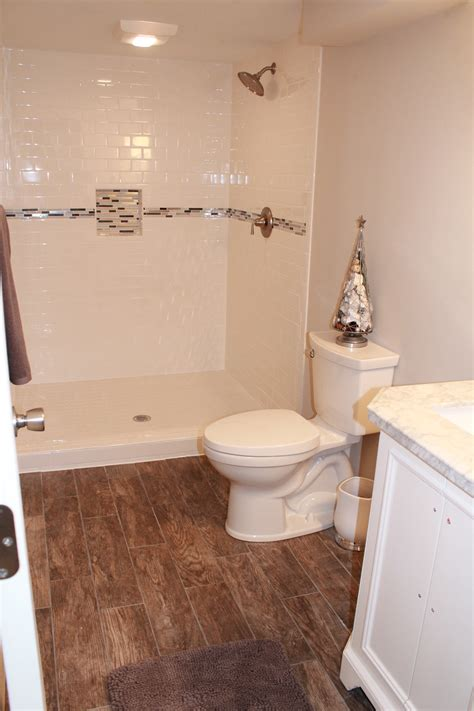 subway tile  mosaic accent strip constructionstyle