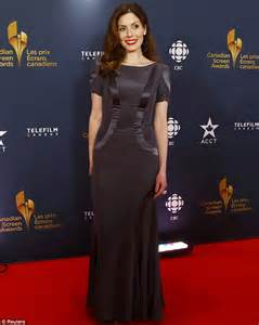 jessica lowndes wears a sapphire gown at canadian screen