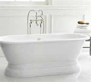 traditional bathtubs porcelain freestanding pedestal bathtub fittings