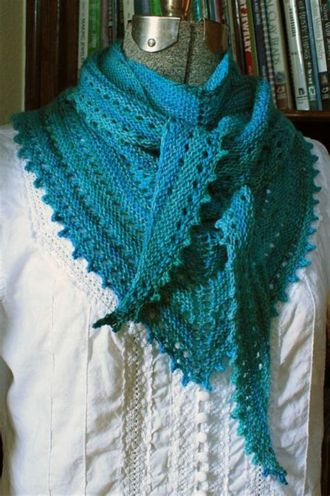 rivalry knit ravelry 3s shawl pattern by meade tricot