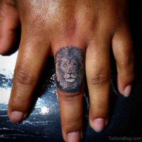 tattoo finger tiger 36 remarkable tiger tattoos on finger