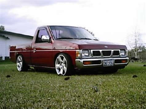 nissan hardbody lowered custom 57 best nissan hardbody images on pinterest cars motors