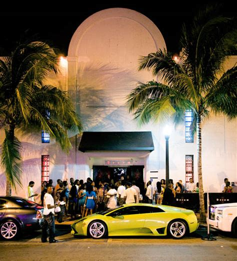 world most popular places miami nightclubs