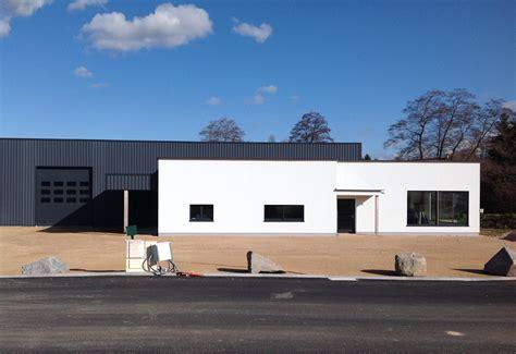 Maison Hangar by Les Hangars Ossature Bois Abt Construction Bois