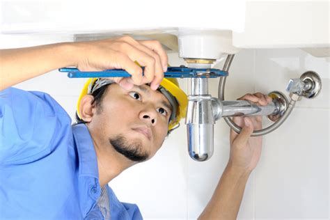 Fixing Plumbing Leaks handy tips to fix plumbing leaks and reduce water waste