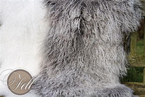 Decke Mit ärmeln Grau by Teppich Tibet Lammfell Silbergrau Decke Tibetfell Grau Mit