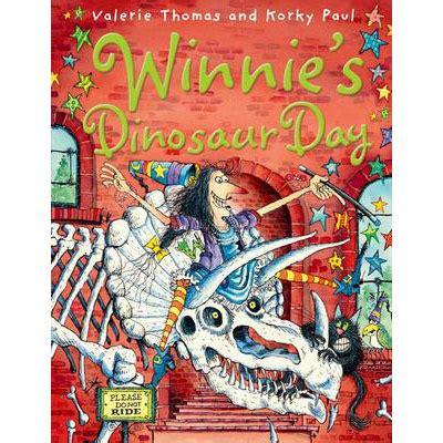 winnies dinosaur day 0192794035 winnies dinosaur day by valerie thomas
