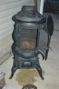 antique cast iron fosters maple no 16 pot belly stove