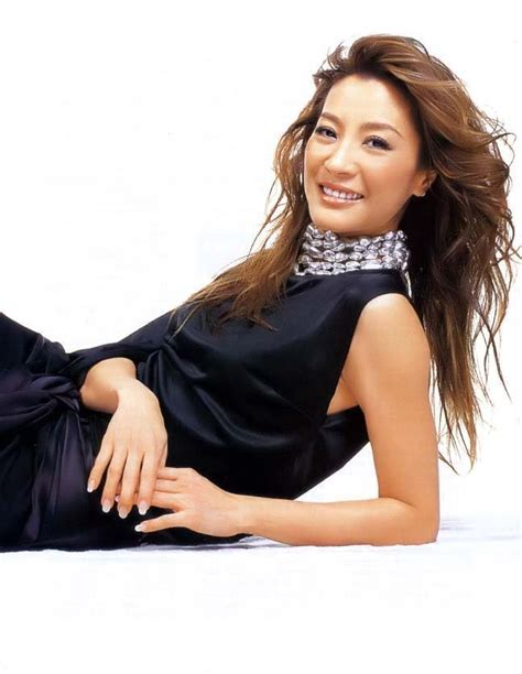 michelle yeoh hot datuk michelle yeoh michelle yeoh photo 5639378 fanpop