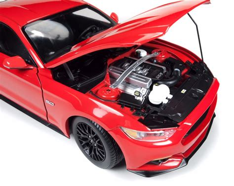 Ford Mustang 2015 Auto World by Ford Mustang Gt 2015 Greenlight Autoworld Escala 1 18