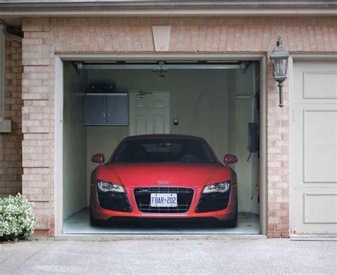 garagentor bekleben supercar garage decals r8 garage door cover