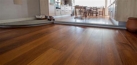pavimento prefinito laminato braga srl pavimenti in legno parquet prefinito