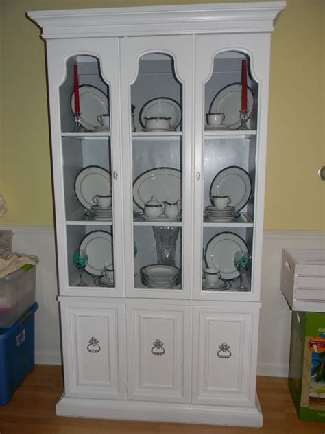 what to put in a china cabinet besides china sassy s crafty creations refinished china cabinet