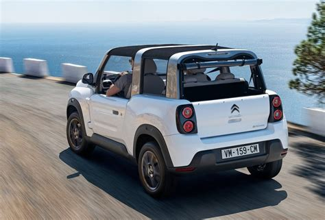 citroen mehari electric citroen reveals funky new e mehari electric suv