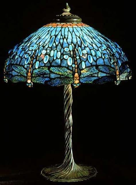 louis comfort tiffany dragonfly l 78 beste afbeeldingen over glaskunst louis comfort
