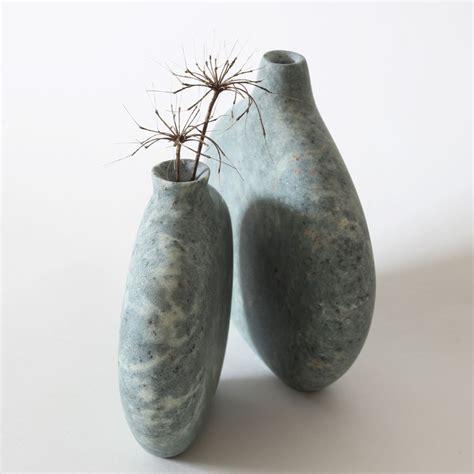 pebble vase carved in green serpentine