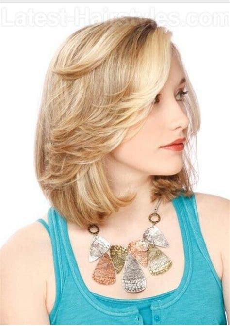 how to cut hair with feathing and bangs feathered bangs with bob cut cute short haircuts for