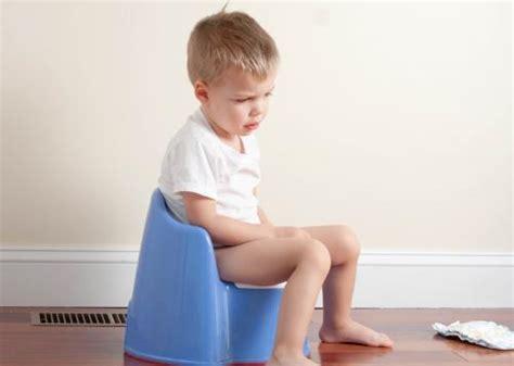 pourquoi un enfant fait pipi au lit couches pipi au lit 233 nur 233 sie l apprentissage de la