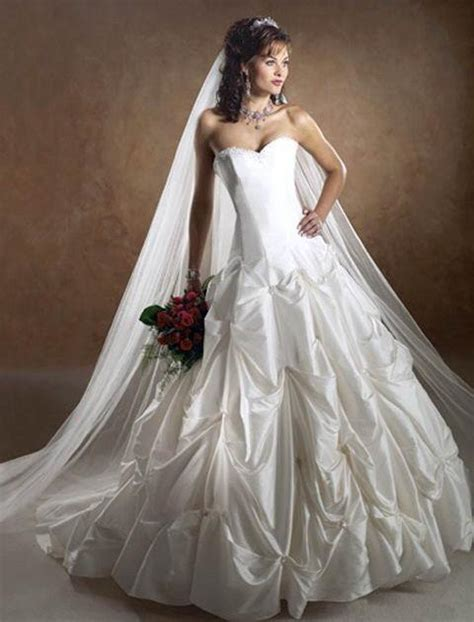 white wedding dresses 2009 strapless wedding dress