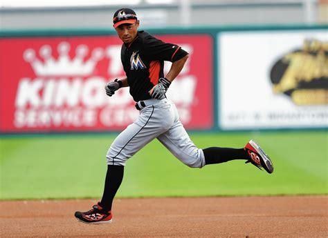 Yankees Ichiro Suzuki by Former Yankee Ichiro Suzuki Will Fill Many Roles Miami