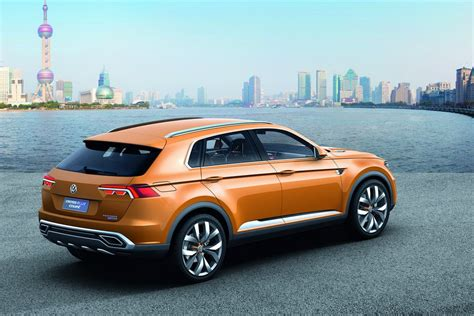 volkswagen coupe volkswagen crossblue coupe hybrid suv details and pictures