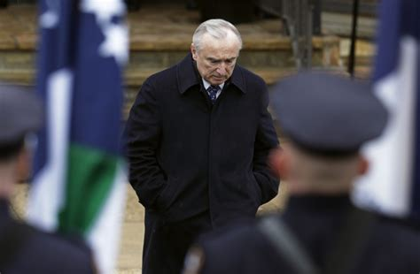 Nypd Criminal Record Check New York Nypd Commissioner Bratton Says Criminal Records