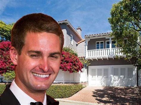 evan spiegel house 24 year old snapchat ceo evan spiegel just bought his first house for 3 3 million
