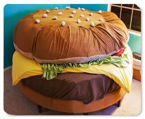 cheeseburger bed kayla kromer s hamburger bed burger web