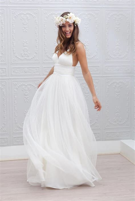 beach wedding dresses   perfection beach weddings