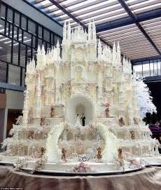castle wedding cake are these the most elaborate wedding cakes of all time daily mail