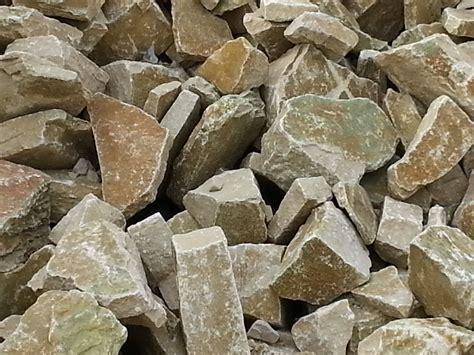 le type de pierre utilisee sera du calcaire tendre le travail se carri 232 re vaucluse vente de pierres et de blocs d