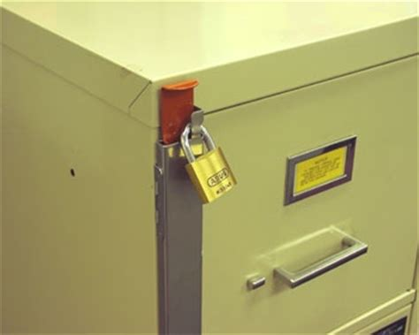 Cabinet Lock Installation by 1000 Images About File Cabinet Locks On