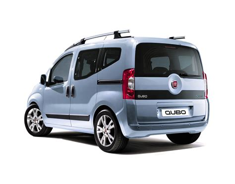 3d car shows fiat qubo in south africa