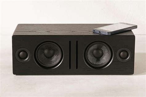 Best Looking Speakers by 10 Best Looking Wireless Speakers Hey Gents