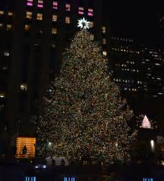 tree lighting nyc 2015 rockefeller tree lighting 2015 83rd rockefeller