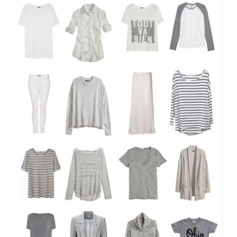 Capsule Wardrobe Exles by Great Exle Of An All Season Capsule Wardrobe 74 Pieces