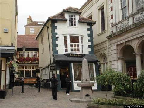 crooked house you ve seen the leaning tower of pisa but have you seen