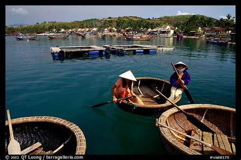 circular boat picture photo circular basket boats typical of the