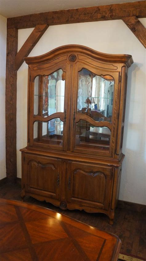 country ethan allen ethan allen country hutch excellent condition